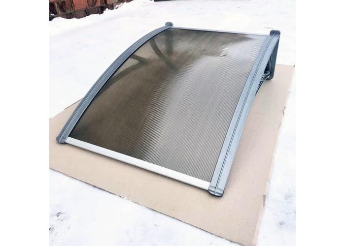 Козырек над крыльцом Алмарта шириной 1,5 м. с бронзовым поликарбонатом и кронштейном серый металлик