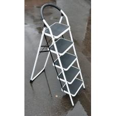 Стремянка SevenBerg Prima Lux белая с 5-ю широкими ступенями